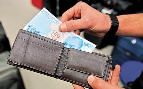 Bankalar yoksullardan kart ücreti almayacak