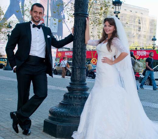 İki yıllık evlilikte ilk kriz