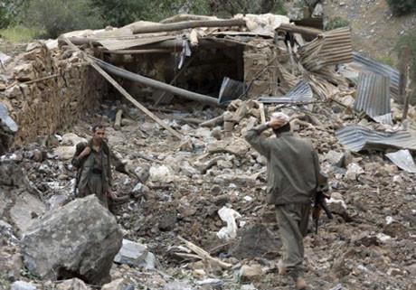 PKKlı hainlerin inleri 12den vuruldu!