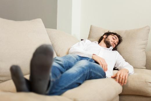 Bel ağrısına neden olan 8 kötü alışkanlık