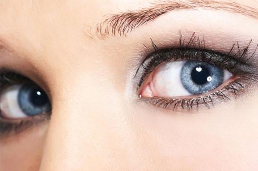 15 dakikada göz renginizi değiştirin!