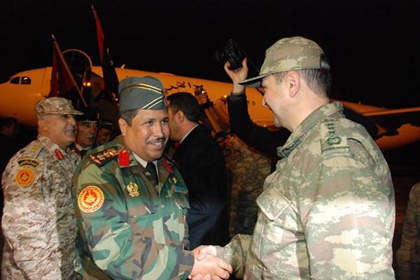 Libyalı 3 bin asker Isparta'da eğitilecek