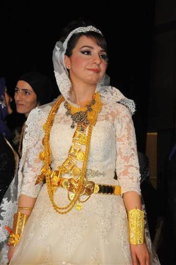 AK partili Seyit Eyüpoğlu'nun oğlu evlendi