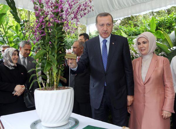 Erdoğan çiftine büyük jest!