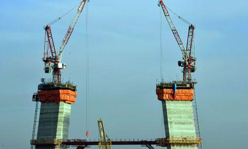 3. Boğaz Köprüsünde yolun yarısı geçildi
