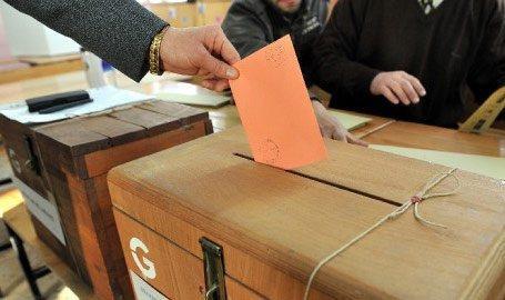 Yerel seçime 27 siyasi parti katılıyor