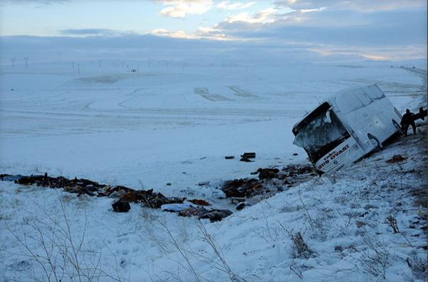Kayseride katliam gibi kaza: 21 ölü, 29 yaralı