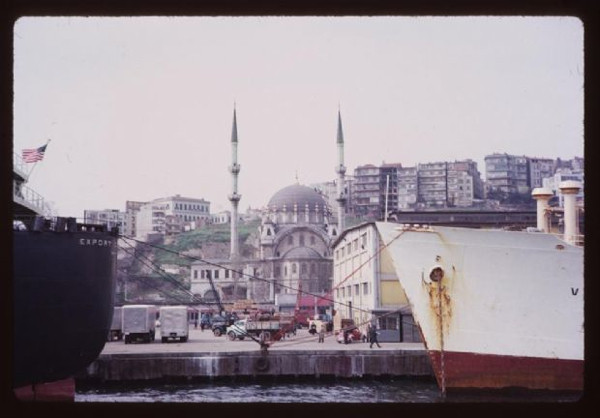 1965in İstanbulunda gezin