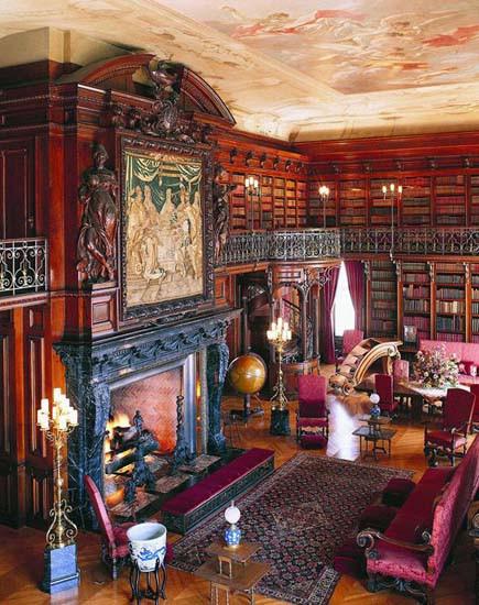 Ünlülerin kütüphaneleri hayranlık uyandırıyor