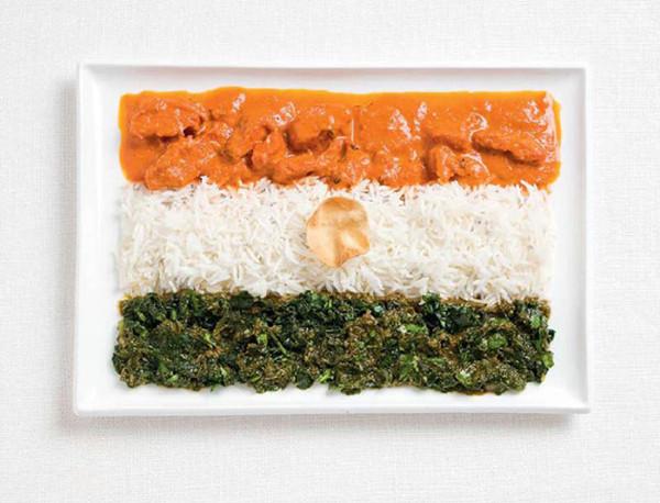 Ünlü yemekleriyle hazırlanmış ülke bayrakları