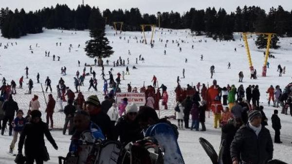 Uludağda kayak öncesi namaz