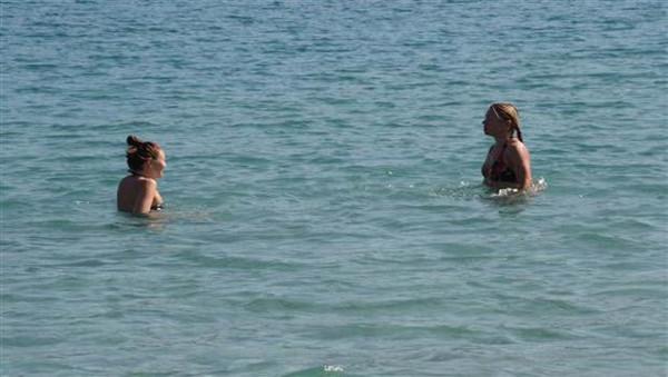 Antalyade ve Kemerde sıcak hava