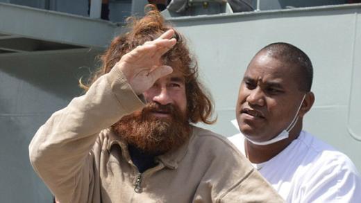 Okyanusta 15 ay geçiren balıkçı, sonunda ülkesine kavuştu