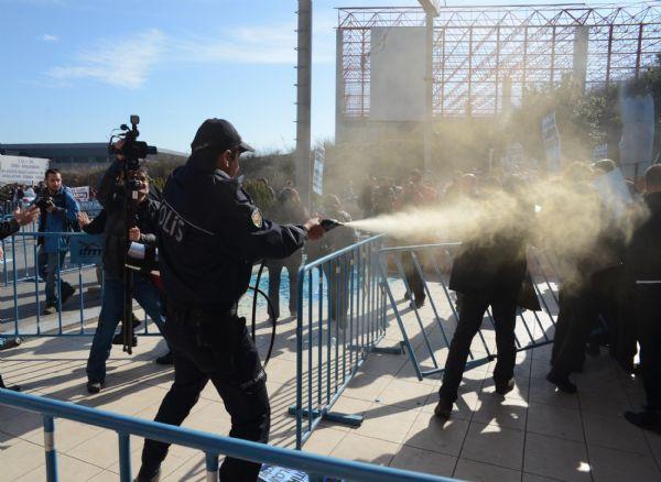 Barajlar Kongresi protestolarına polis müdahalesi!