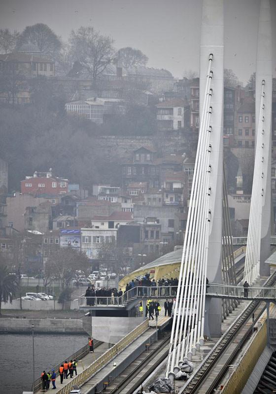 Haliç Metro Köprüsü açıldı