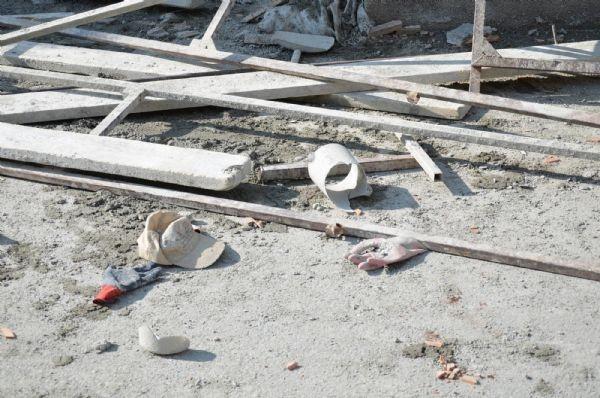 İnşaat iskelesi çöktü: 1 ölü, 1 yaralı