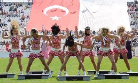 AKPyi rahatsız eden fotoğraflar