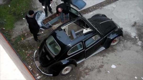 63 model Volkswagen'i çalıp böyle sakladı!