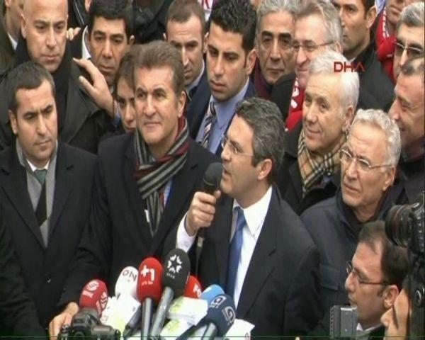 CHP'lilerden Taksim'de protesto