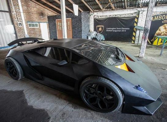 Kırgız gençlerden 'ev yapımı' Lamborghini