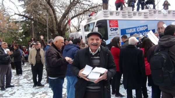 CHP '30 milyon Euro' dağıttı
