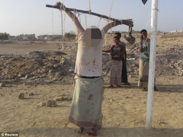 El Kaide ABD ajanını böyle infaz etti