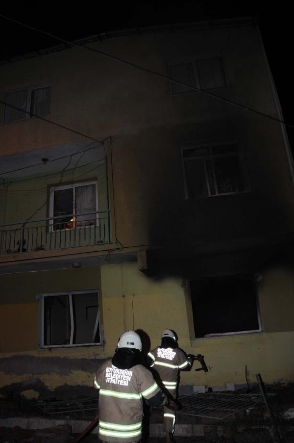 İzmir'de olaylı gece!