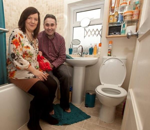 Hamile olduğunu anlamadı, tuvalette doğurdu!
