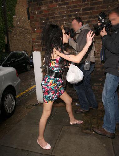 Amy Winehouse çıldırdı !