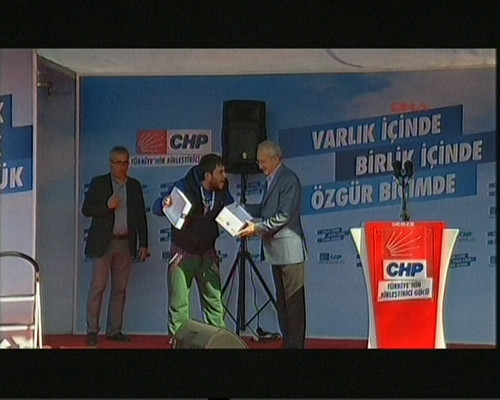 Kılıçdaroğlu'na ayakkabı kutusu
