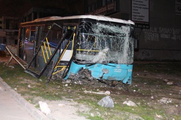 Halk otobüsü dehşet saçtı