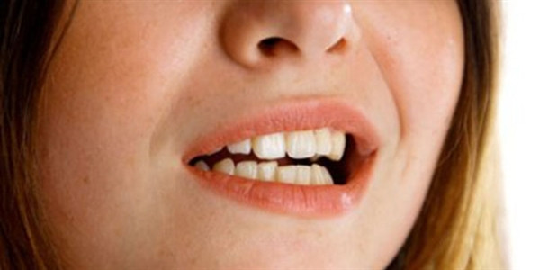 Dişleri bozan alışkanlıklar