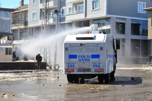 Bitlis Ahlat'ta hile iddiası sokakları karıştırdı!