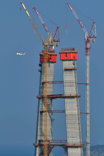 Erdoğan, 3. köprü inşaatını inceledi