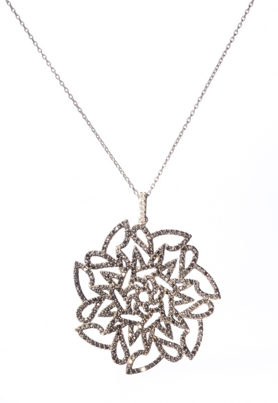 Sadekar'dan bahara özel mücevherler