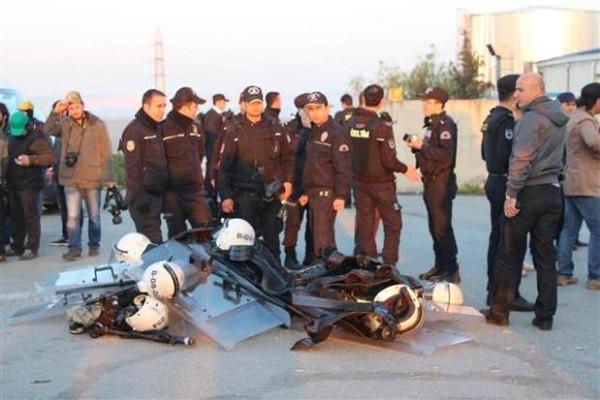 İstanbul'da operasyon: İşçiler gözaltında