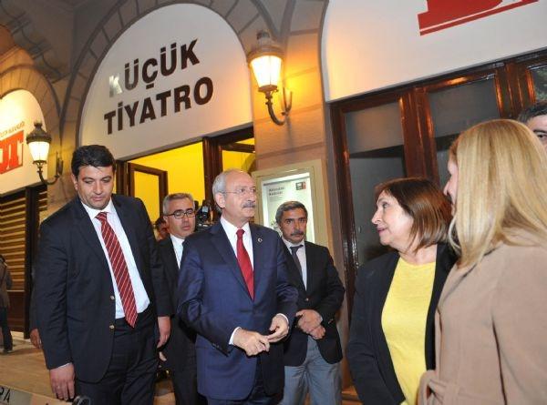 Kılıçdaroğlu, Hay Way Zaman'a eşiyle katıldı