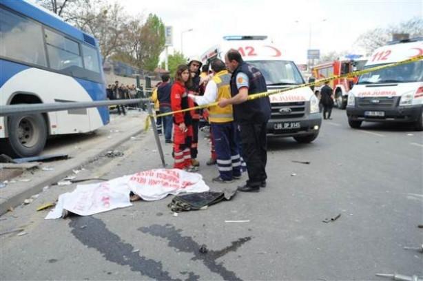 Ankara'da feci kaza 2 ölü
