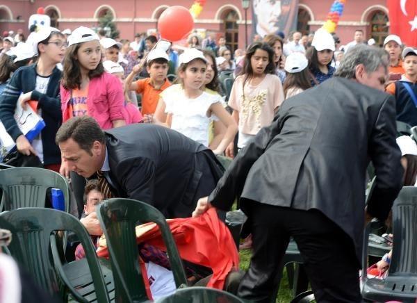 23 Nisan töreninden Berkin Elvan protestosu