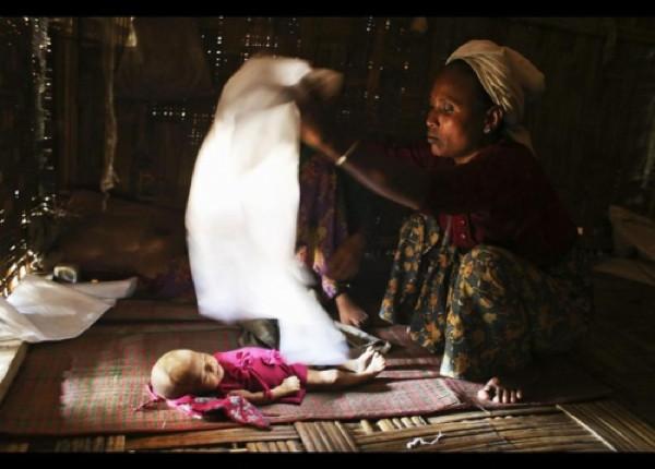 Myanmar'da insanlık ölüyor...