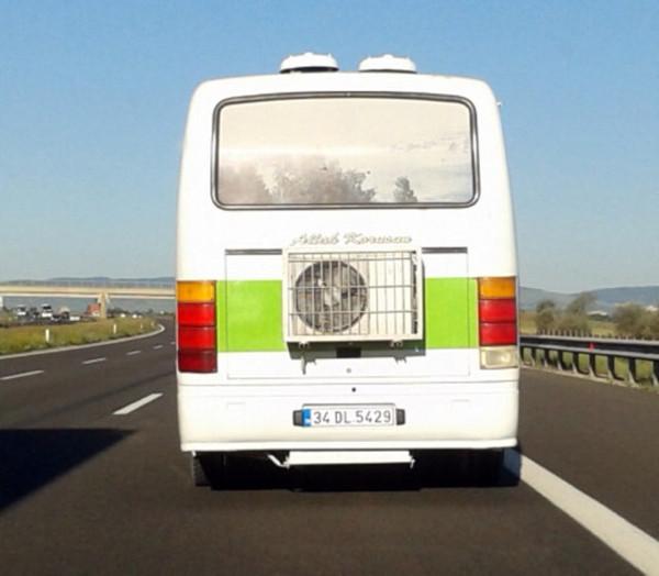 Bu otobüs İstanbulluları şaşkına çevirdi