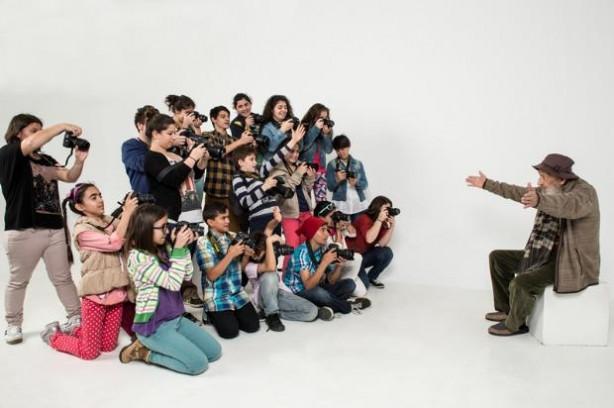 Bolluca Çocuk Köyü çocuklarının fotoğraf sergisi