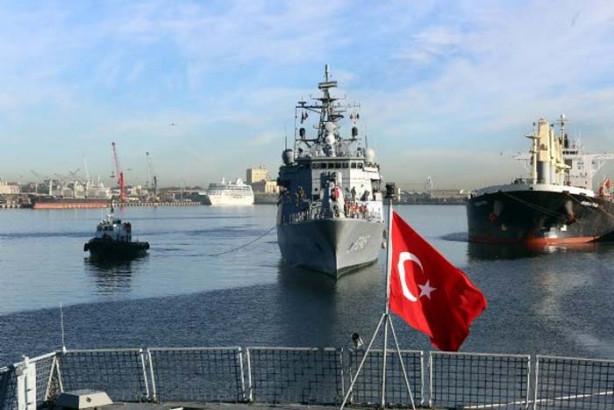 Türk donanması 148 yıl sonra Ümit Burnu'nda