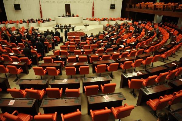 AK Parti'de 3 dönemi dolduran vekiller ne iş yapacak