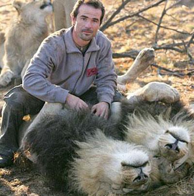 Vahşi Hayvanlarla Arası Çok İyi