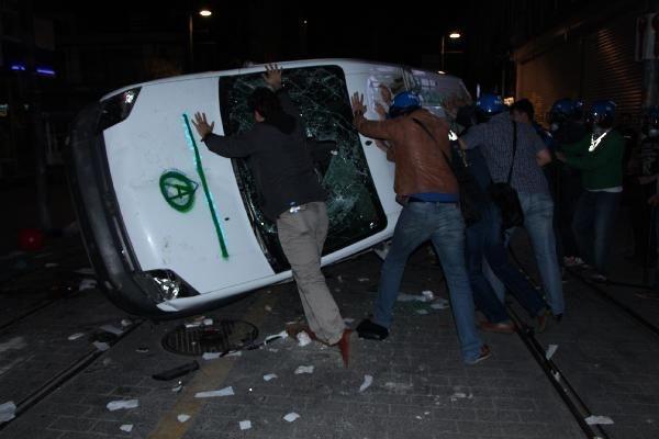 Kadıköy'de polis müdahalesi