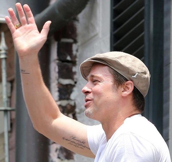 Brad Pitt Mevlana sözünü dövme yaptırdı