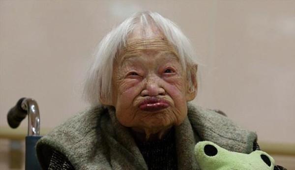 Dünyanın en yaşlı kedisi