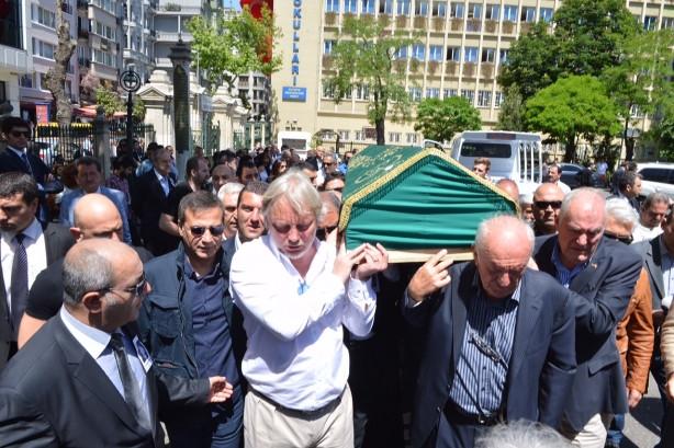 Mustafa Sarıgül Şen ailesinin cenaze töreninde