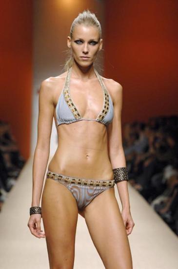 İşte 2008in bikinileri